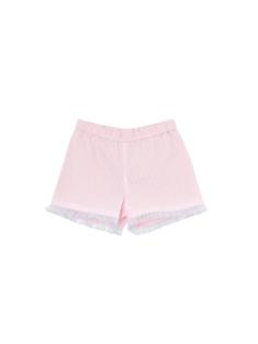 ピンク色のボトムスです。